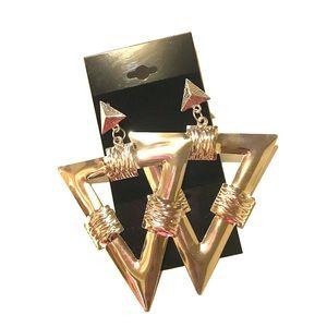 Jewelry - Geo Tri Earrings